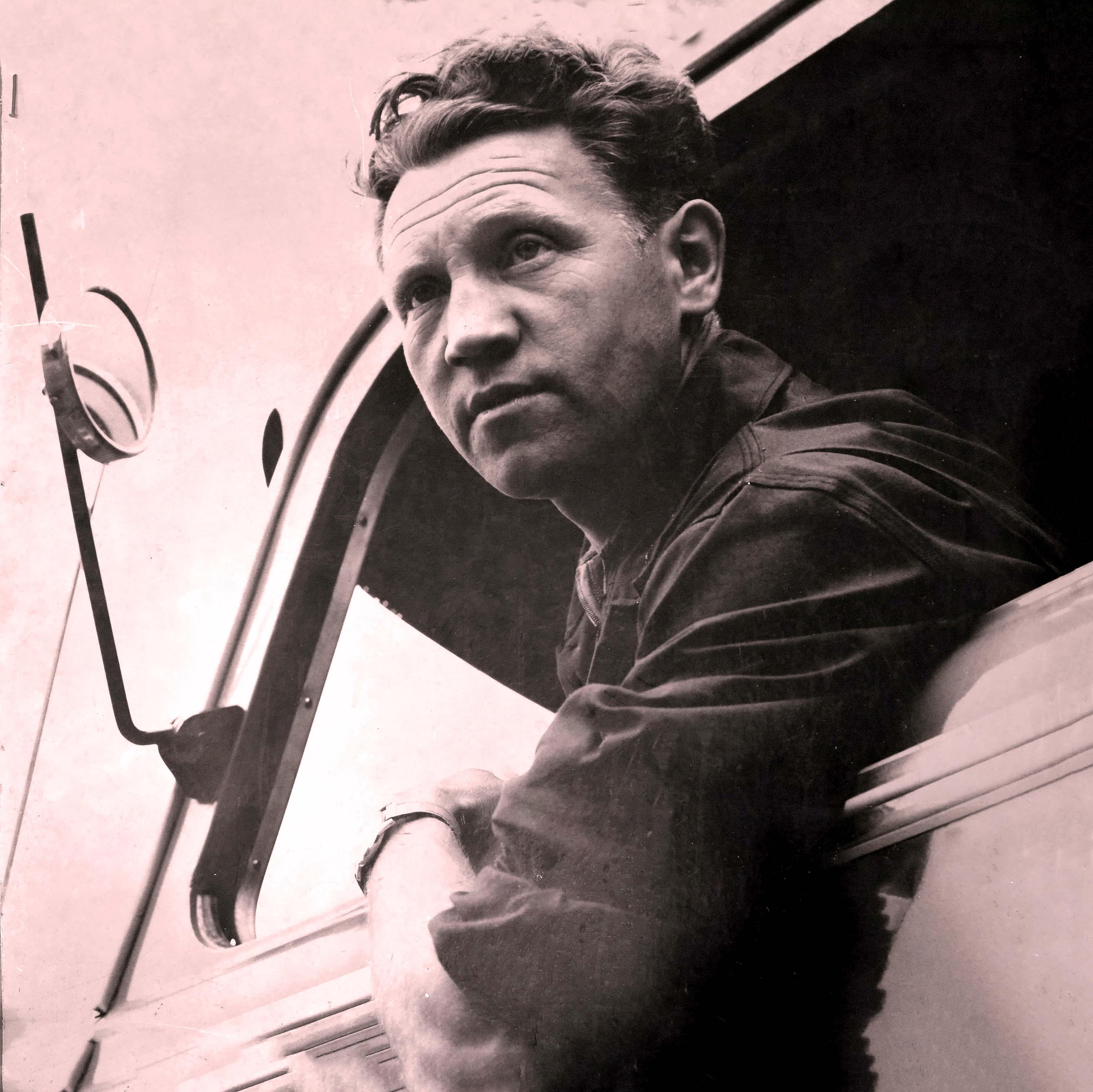 Huub Jacobs werkte voor de gemeente ook als onderhoudsman van de gemeente voertuigen en hij was ook jaren ondercommandant van de vrijwillige brandweer.