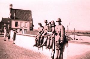 Mobilisatie, Militairen bij Maasmuur
