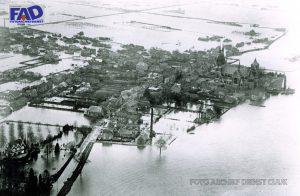 Watersnood Cuijk (16 Jan 1920), Luchtfoto Cuijk-Centrum; rechtsboven: gebied 'De Valuwe'.
