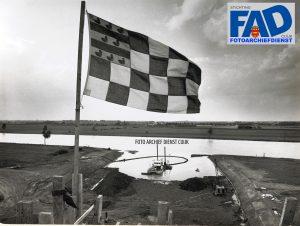 Bouw Keersluis te Katwijk. Begonnen begin 1966 Geopend juni 1968 Tweede fase