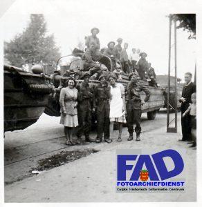 Invasie en bevrijdingsfoto's september 1944 Deze foto's zijn geschonken door de familie Harrie Mulders-Jo van Lindert